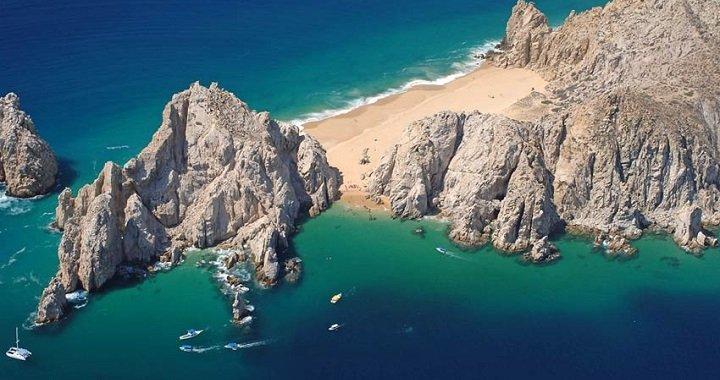 Playa del Amor Cabo San Lucas