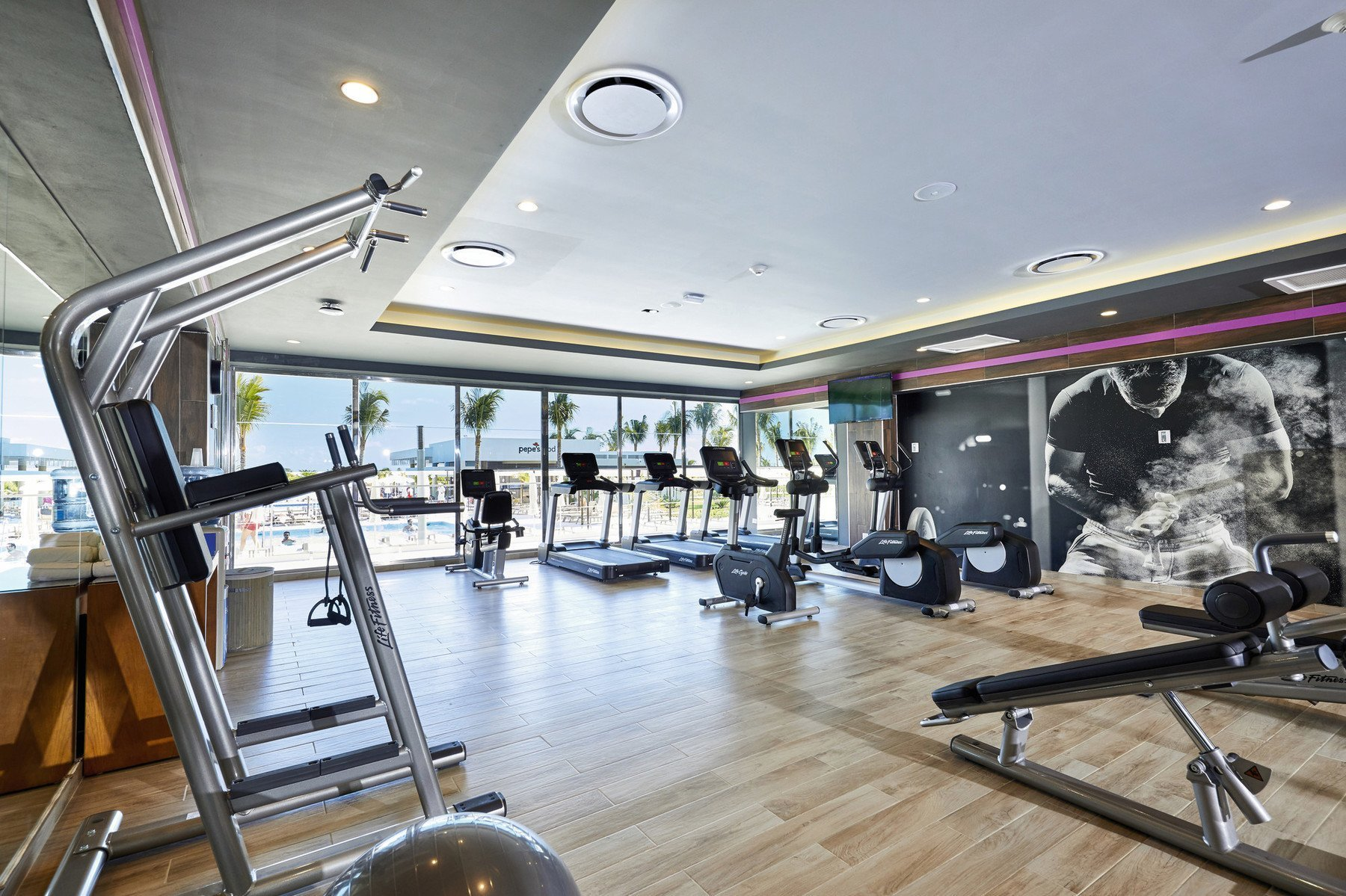 riu palace costa mujeres gym