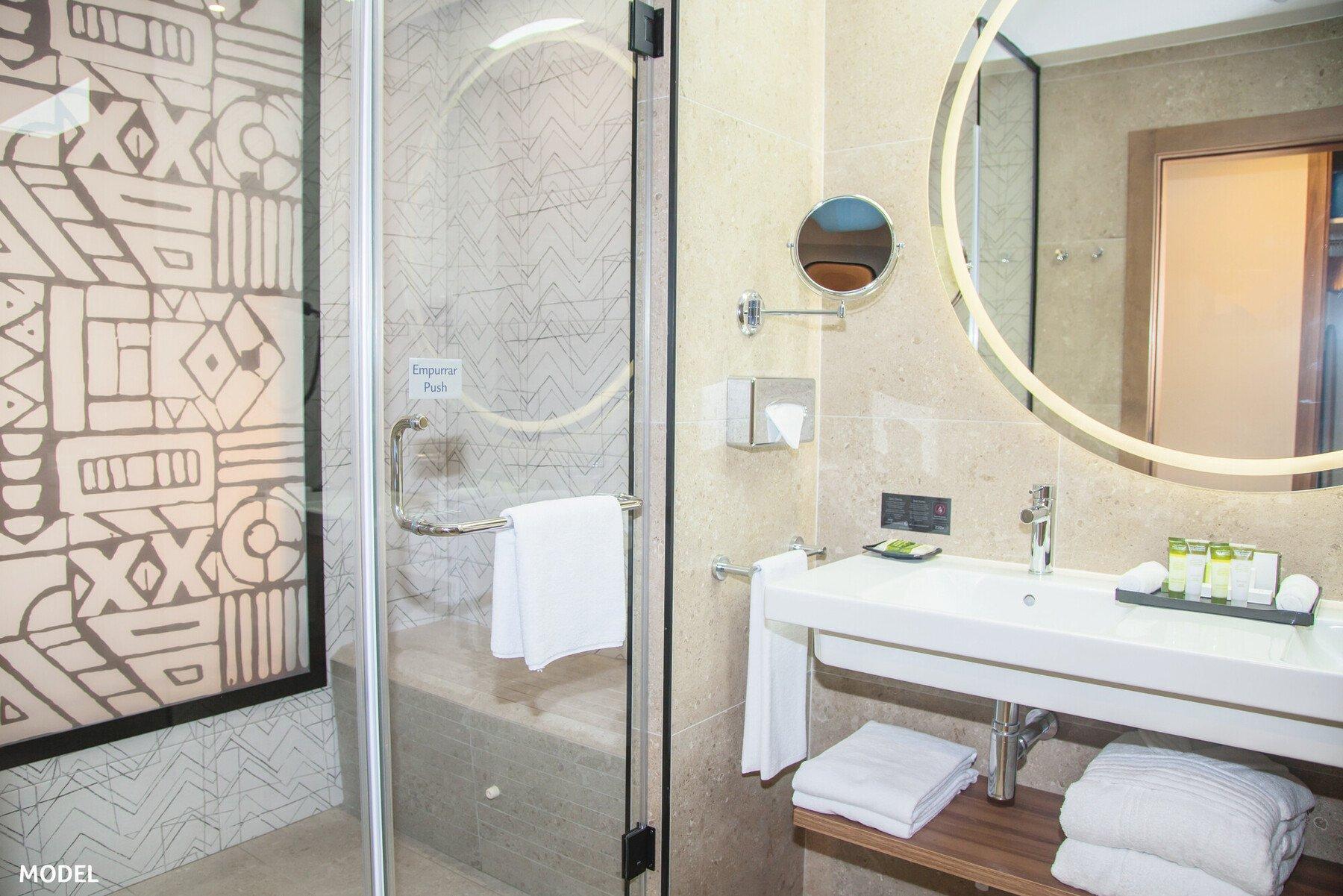 RIU Palace Santa Maria bathroom sample